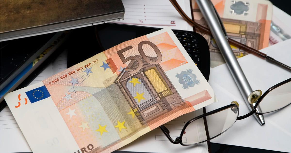 Urteil: Zinsgleitklausel beim Kredit unzulässig
